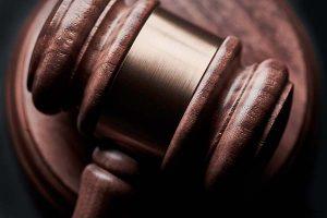 condemnatoir declaratoir constitutief vonnis soorten vonnissen voorzieningenrechter kort geding kortgeding